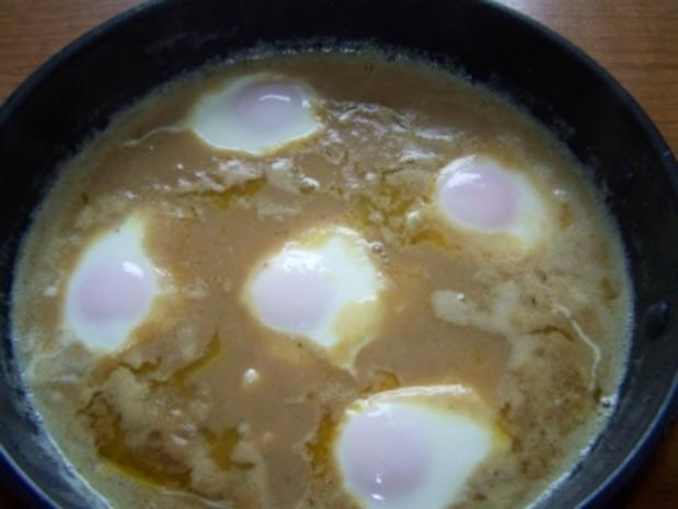 verlorene Eier in Senfsoße - Rezept