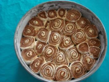 Kuchen: Rosenkuchen klassisch - Rezept