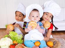Der Flüssigkeitsbedarf bei Kindern ist vom Alter abhängig - Tip