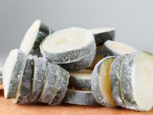 Auch außerhalb der Saison genießen: So frieren Sie Zucchini richtig ein - Tip