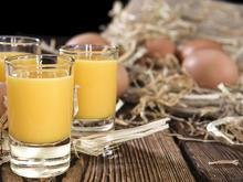 Wie Sie Eierlikör selbst machen können - Tip