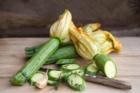 Sollten Sie Zucchini schälen oder nicht? - Tip