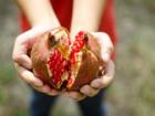 """Granatapfel öffnen – ohne """"Blutvergießen"""" - Tip"""
