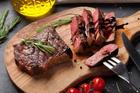 Auf den Punkt gebraten: Der Steakfinger-Trick - Tip