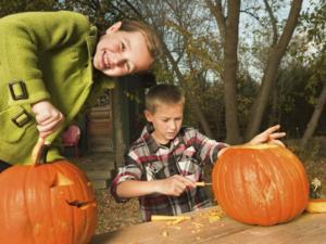 Kürbisse aushöhlen – der Familienspaß zu Halloween - Tip