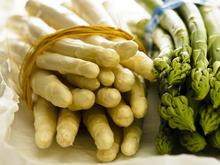 Spargel: gesund in Grün und Weiß. Doch wo ist der Unterschied? - Tip