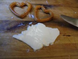 Salzgebäck Deko - Butterbrezeln und Butterherzchen - Tip