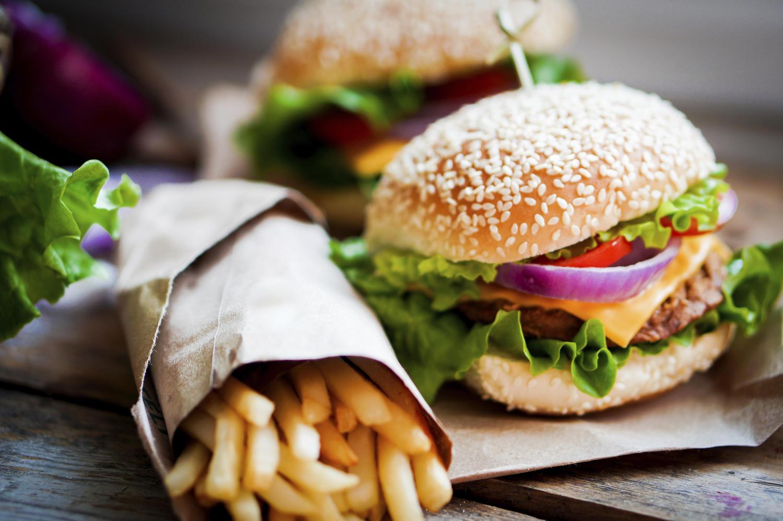 fast food selber machen so werden aus burgern und pizza gesunde snacks tipp. Black Bedroom Furniture Sets. Home Design Ideas
