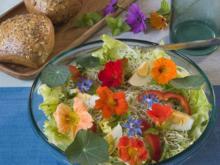 Essbare Blüten – So kommt Farbe auf den Teller - Tip