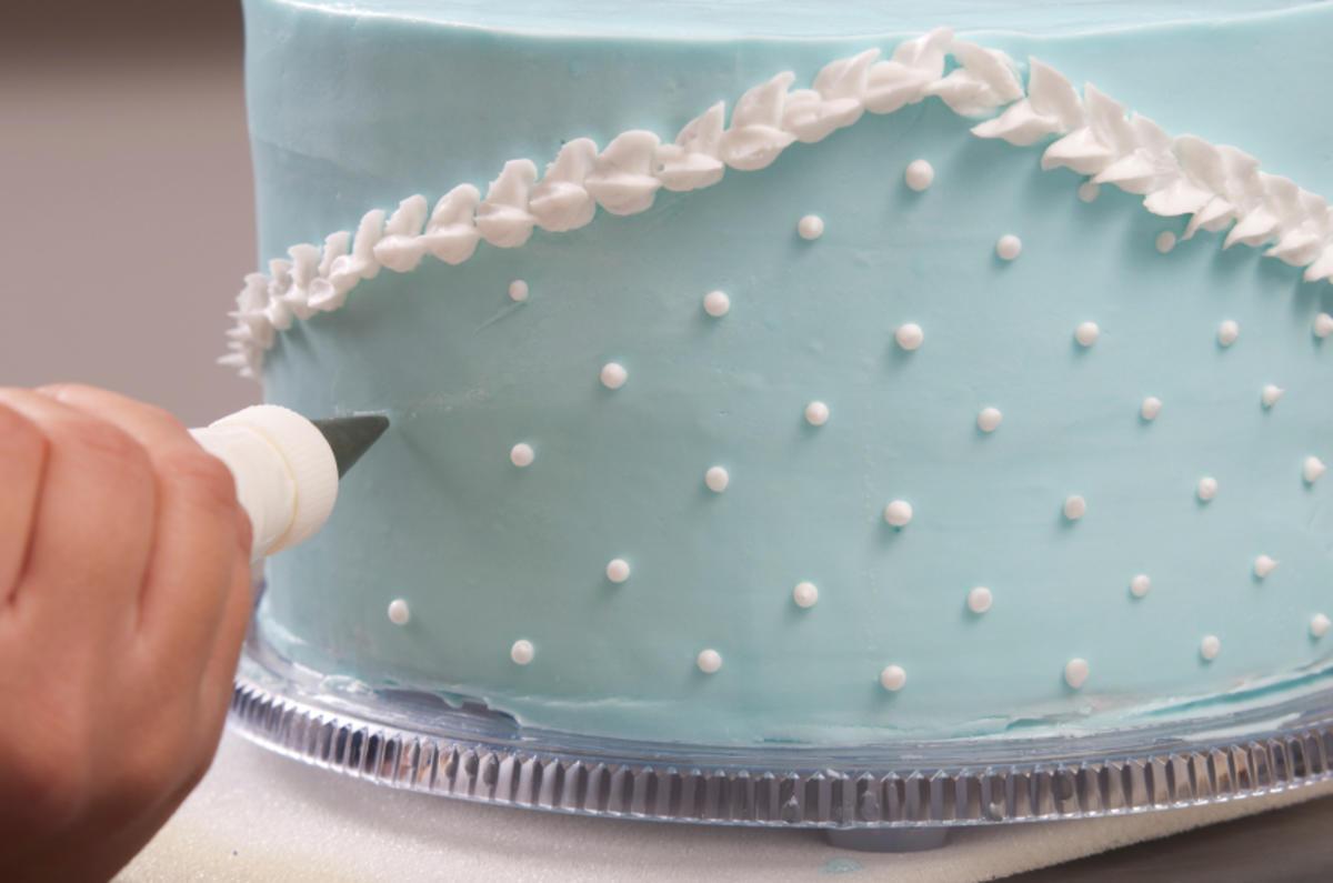 Torten dekorieren macht spa tipp mit bild - Torten dekorieren ...