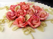 Marzinpanrosen sind das Highlight auf jeder Torte - Tip