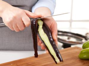 Wie schält man eine Aubergine? - Tip