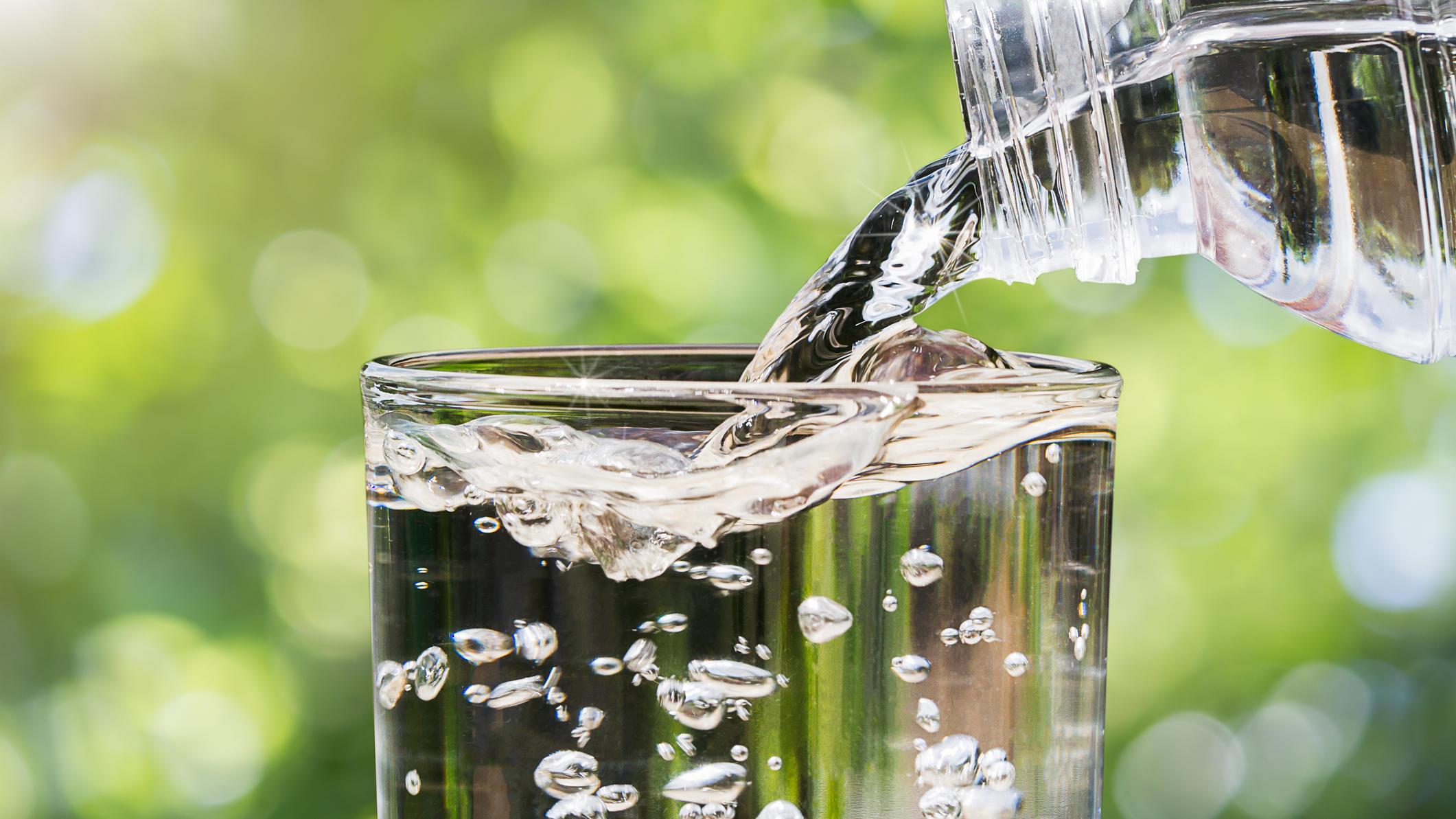 Günstiges Mineralwasser