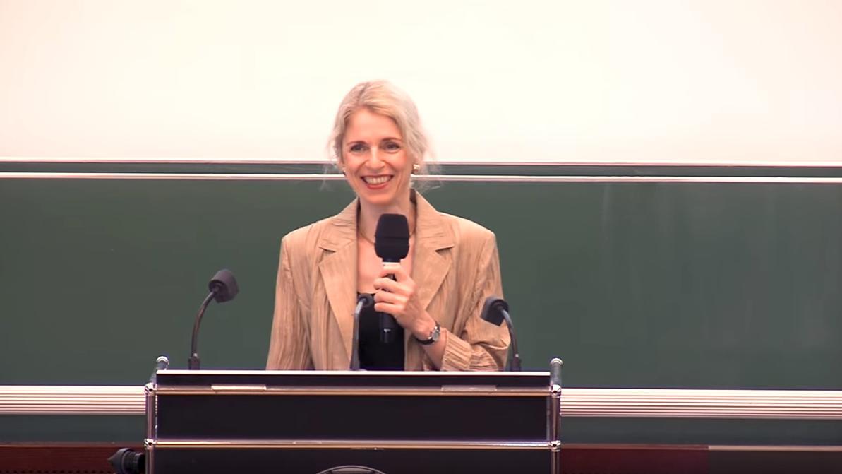 Professorin Karin Michels