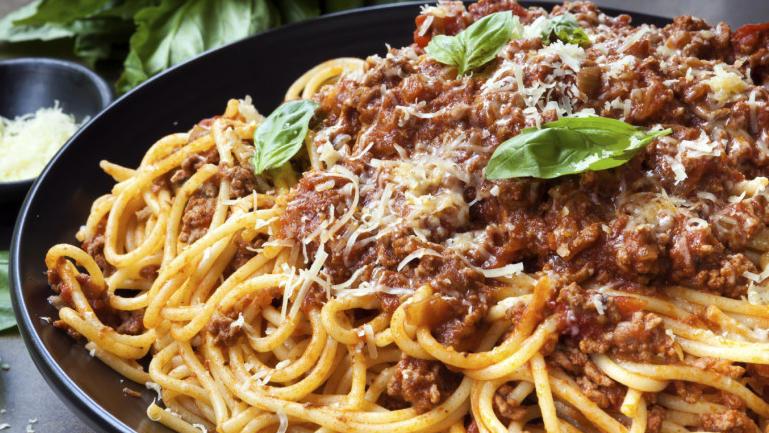 DER Klassiker unter den Pastagerichten: Spaghetti Bolognese.