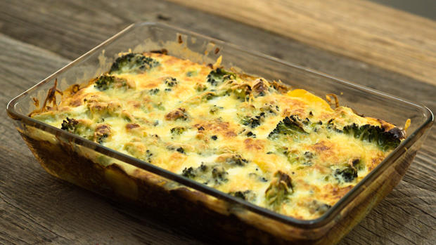 Ein einfaches, herzhaftes und absolut leckeres Gericht: Brokkoli-Auflauf.
