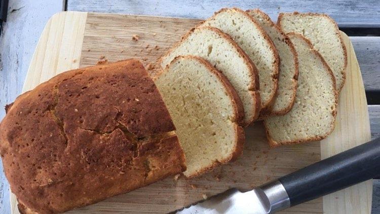 Glutenfreies Sandwich-Brot nach dem Rezept von Elke Schulenburg