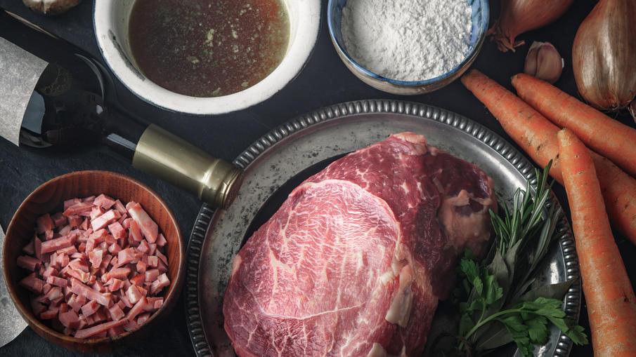 Zutaten für Rind in Rotwein