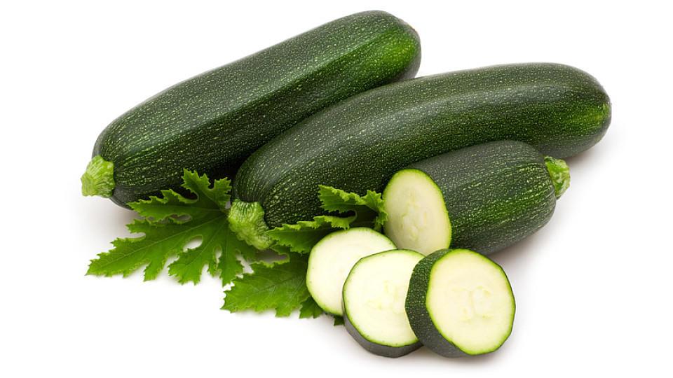 Zucchini gehören zur Gattung der Kürbisgewächse