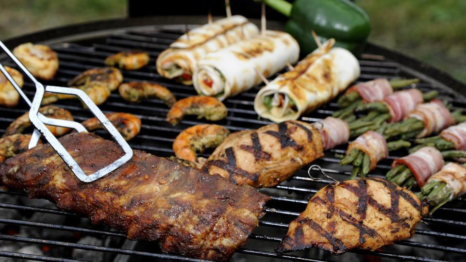 Gesund grillen: So wird die Grill-Feier zum gesunden Erlebnis