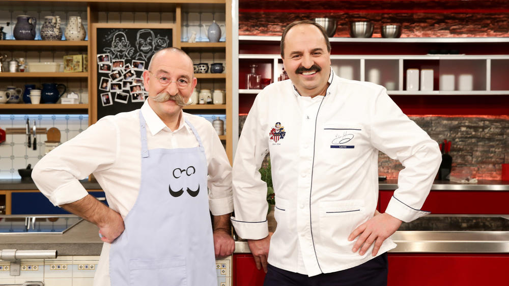 Sie wollen sich neuen Aufgaben widmen: die TV-Köche Horst Lichter (li.) und Johann Lafer