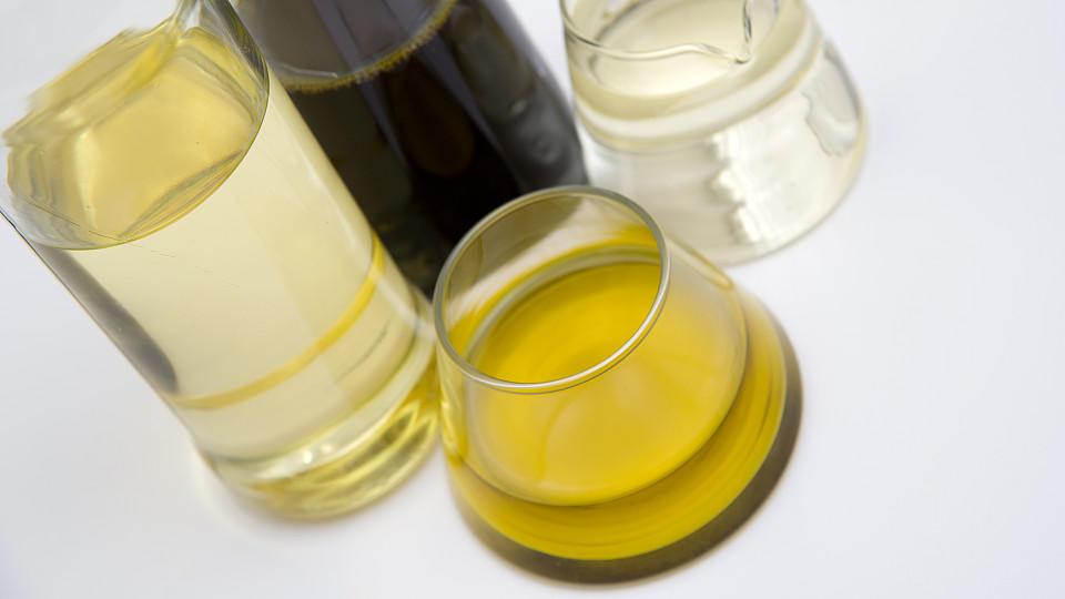 Informationen und Tipps zu Öl