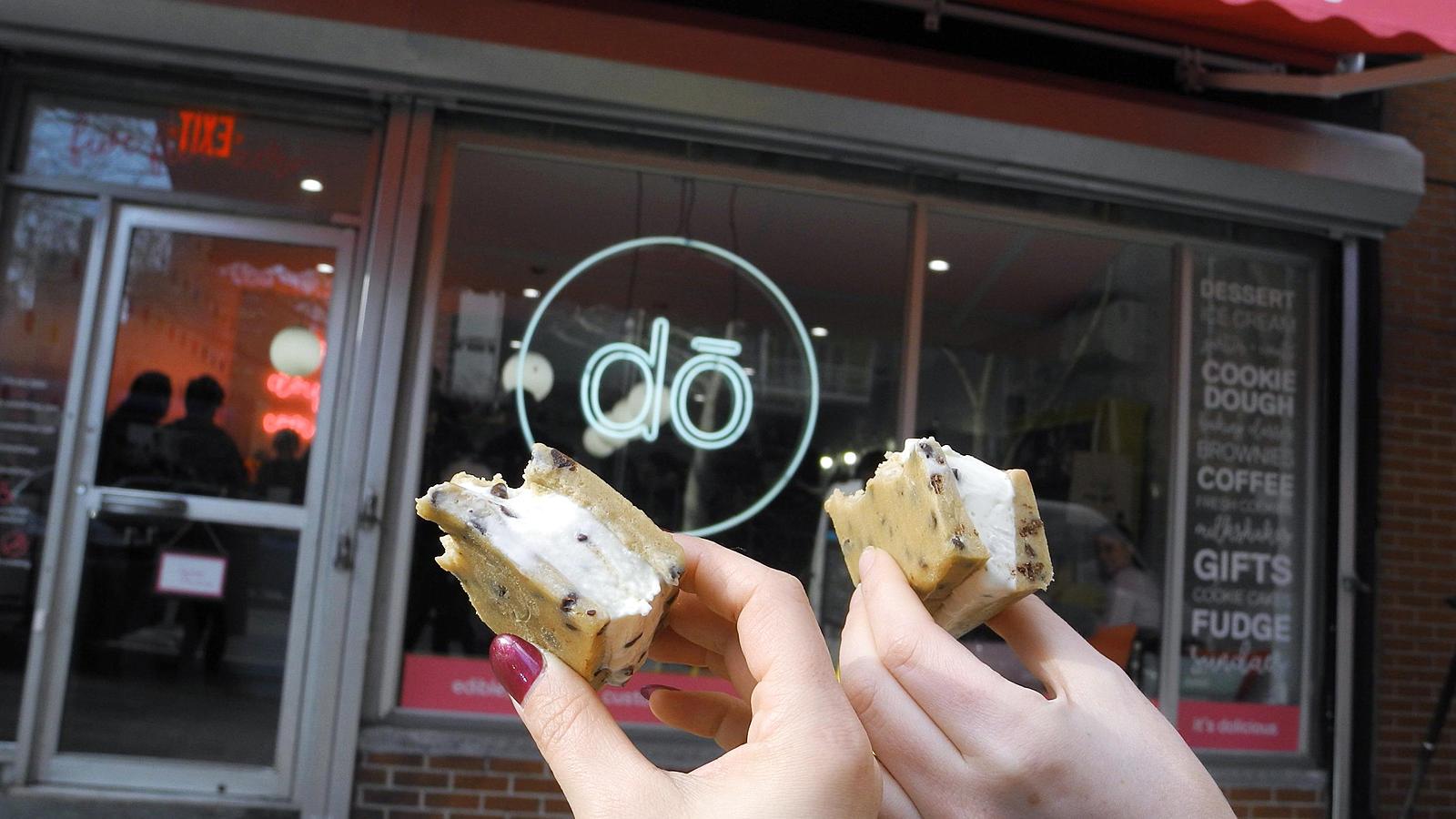 'DO' verkauft ungebackenen Keksteig im Becher