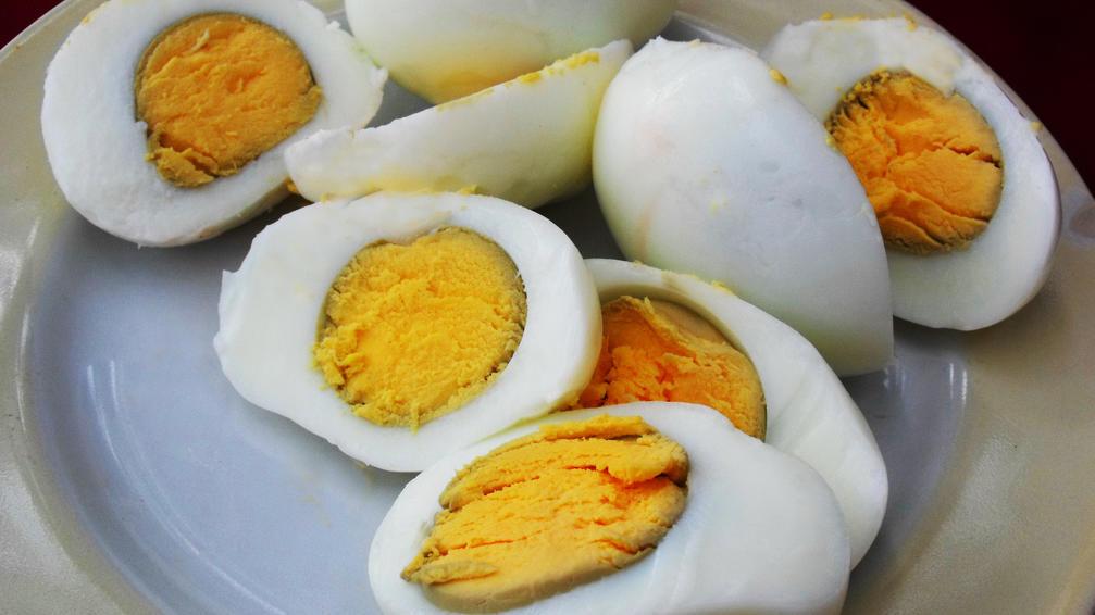 gekochte Eier Eigelb grün
