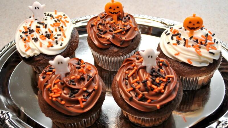 Cupcakes mit viel Schokolade