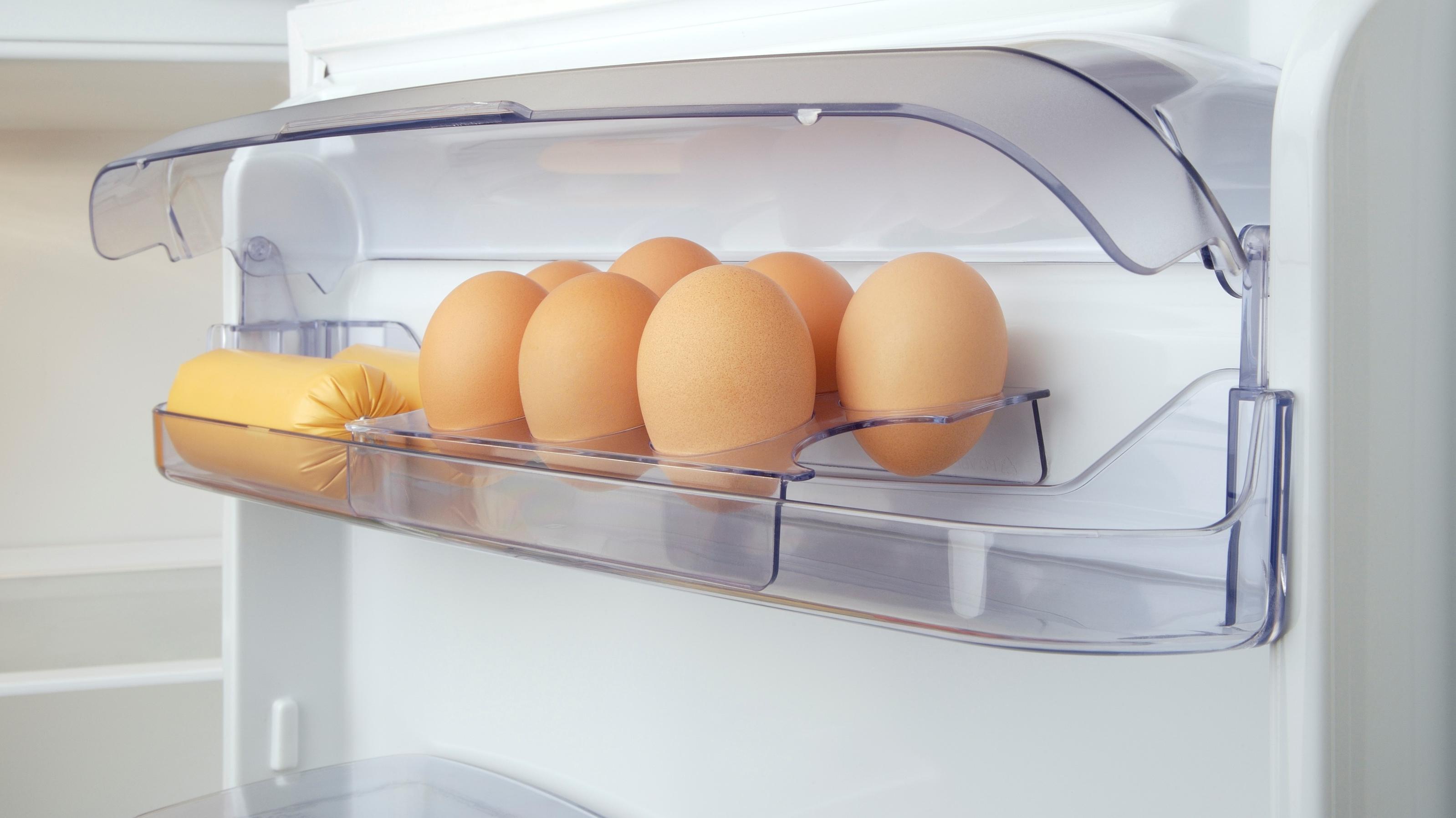 rohe eier l nger haltbar machen so funktioniert 39 s. Black Bedroom Furniture Sets. Home Design Ideas
