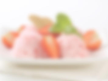 Rezept: Vanille-Eis zu Pflaumenkompott