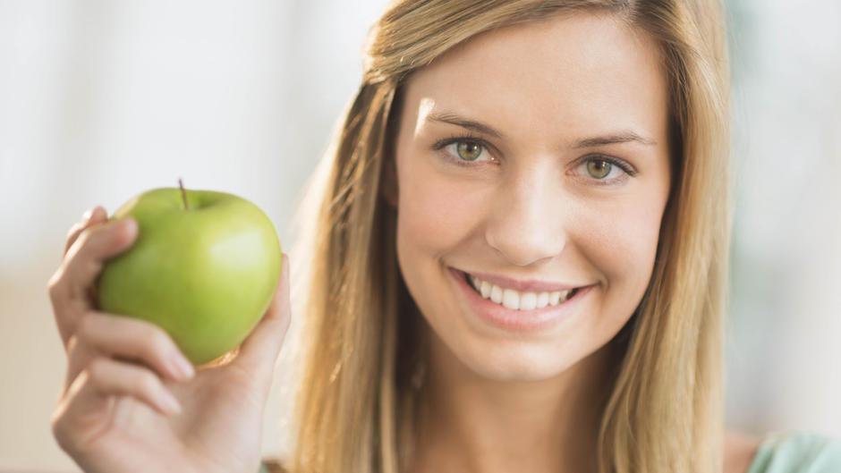 Darum vertragen Nussallergiker meist auch keine Äpfel!
