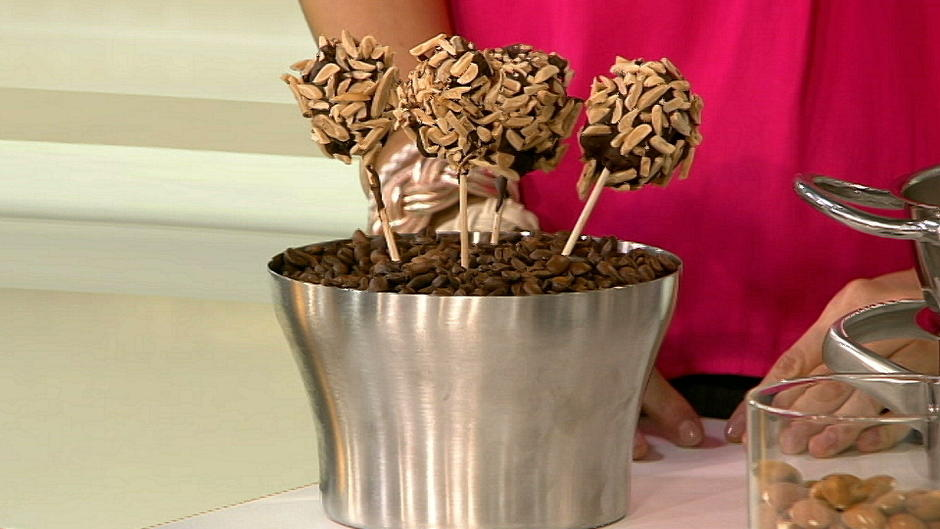 kuchen ohne backen klaus velten zeigt rezepte f r cupcakes co. Black Bedroom Furniture Sets. Home Design Ideas