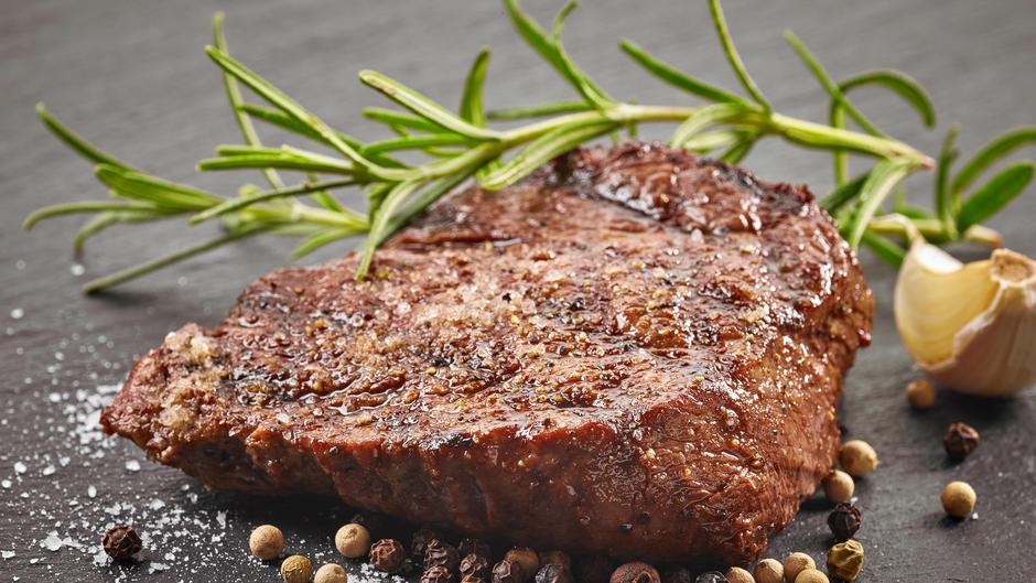 saftiges steak selbst braten tipp mit video. Black Bedroom Furniture Sets. Home Design Ideas