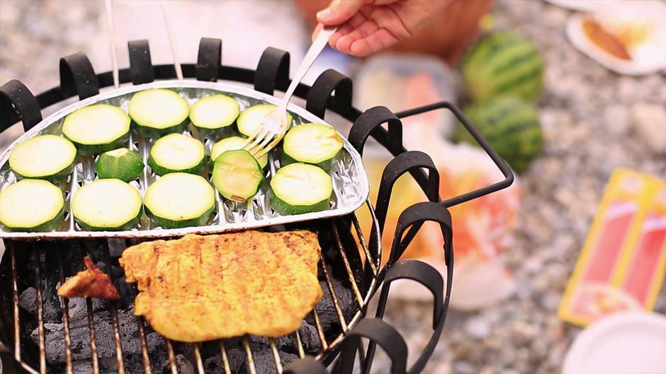 Vorsicht: Grillen mit Alu-Schalen kann krank machen
