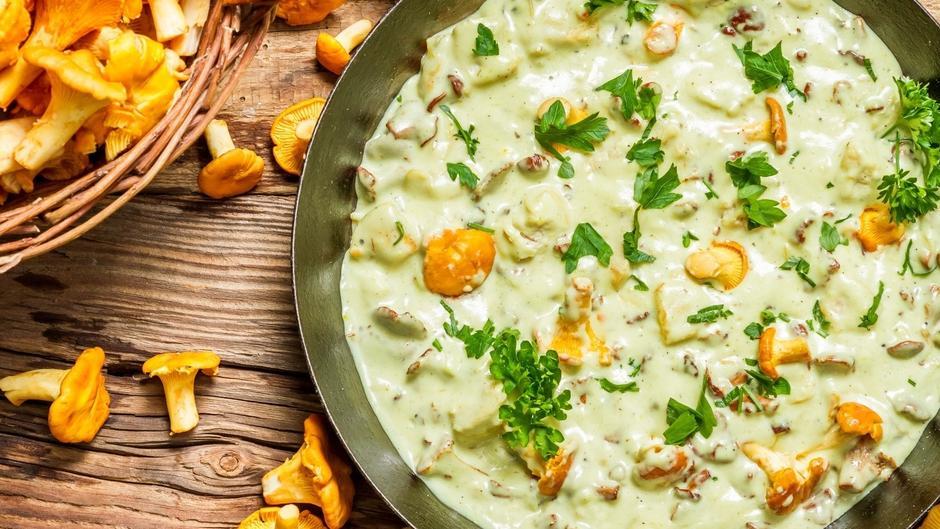 Hackfleisch-Pilz-Pfanne mit Schupfnudeln