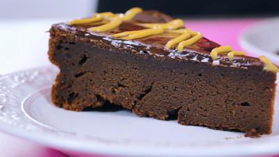 Rezept: Erdnussbutter-Schokoladentorte