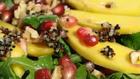 Detox-Salat mit Quinoa und Walnüssen