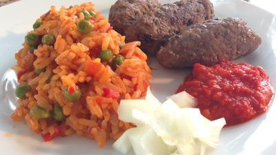 Rezept: Cevapcici mit Djuvec Reis