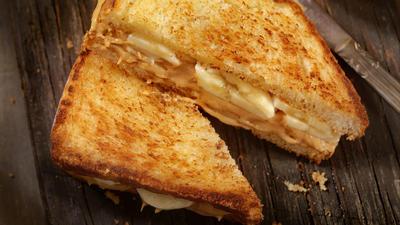 Rezept: Erdnussbutter-Bananen-Sandwich