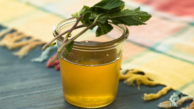 Rezept: Zitronen-Ingwer-Minze-Sirup