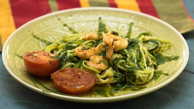 Rezept: Zucchini-Spaghetti mit Garnelen