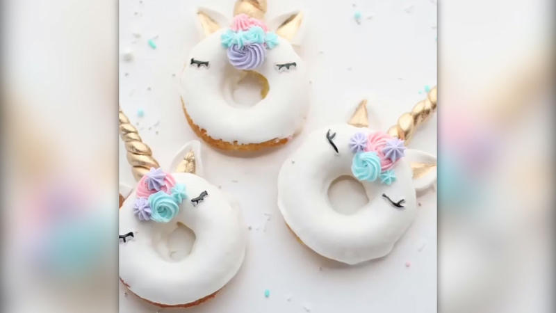 food trend mit magie einhorn donuts zum selbermachen. Black Bedroom Furniture Sets. Home Design Ideas