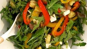 Sommerlicher Gnocchi-Salat