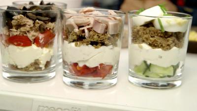 Rezept: Sandwiches im Glas mit Zitronenlimonade