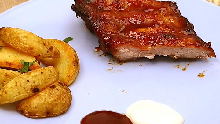 Spareribs Grillen Gasgrill Schnell : Spareribs mit honigmarinade rezept mit video kochbar